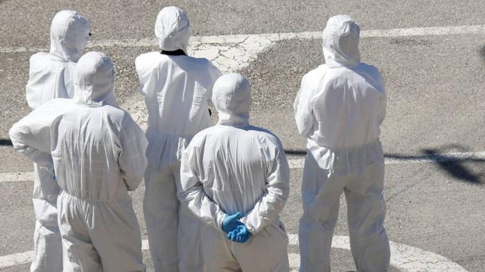 Coronavirus: Italy death toll rises to more than 1,800