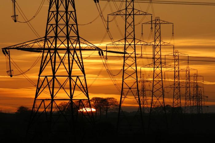 Elektrik enerjisinin ixracı azalıb
