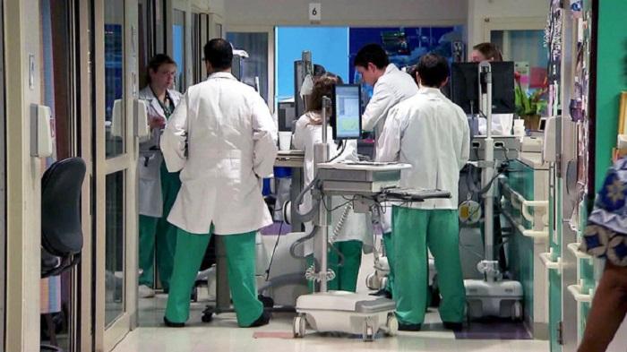 Russia confirms first coronavirus death