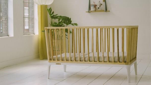 Ein grünes Luxus-Kinderbett