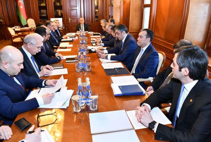 Azerbaiyán declara régimen especial de cuarentena
