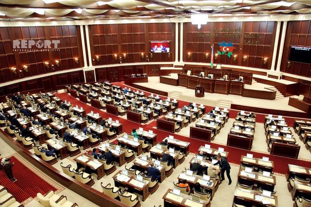 Parlamento de Azerbaiyán asignará fondos al Fondo de Apoyo de Lucha contra Coronavirus