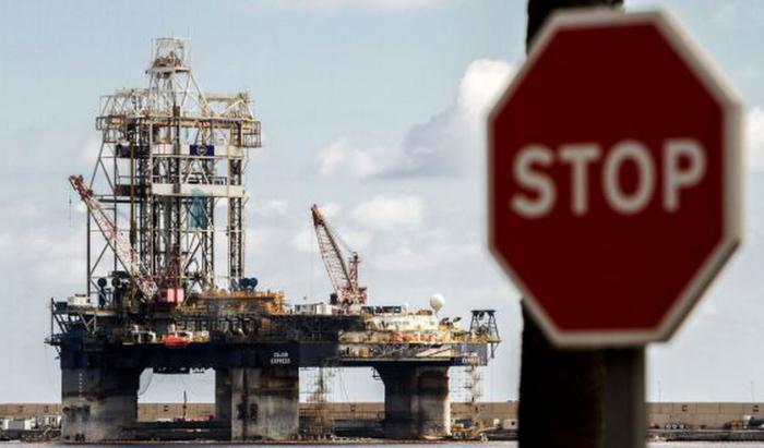 El hundimiento del petróleo hace mella en los países exportadores