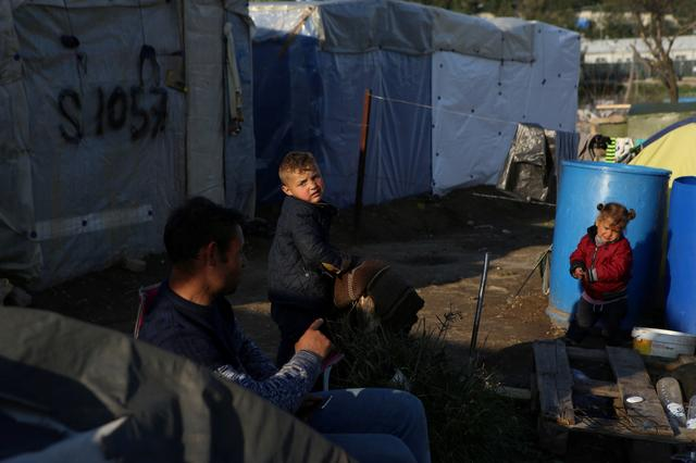 EU asks Greece to move migrants most at risk from coronavirus out of crowded camps