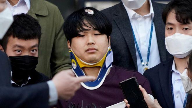 Cho Ju-bin: South Korea chatroom sex abuse suspect named after outcry