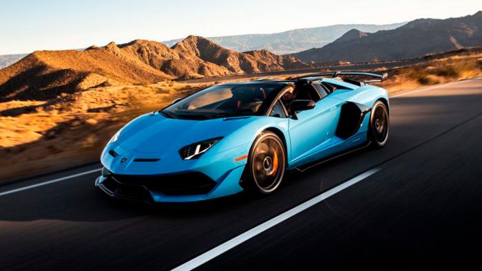 Una falla en las puertas del Lamborghini Aventador puede dejar atrapados a sus dueños