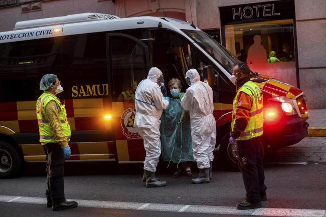 Spain sets grim new record with 832 coronavirus deaths in 24 hours