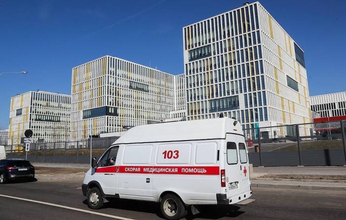 Russia's coronavirus cases top 1,200