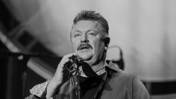 Fallece en EEUU la estrella de la música country Joe Diffie por coronavirus