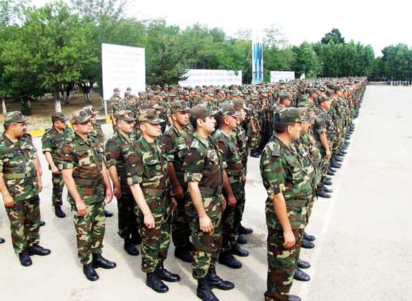 El despido del Ejército se llevará a cabo del 20 al 25 de abril -  Ministerio de Defensa de Azerbaiyán