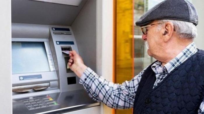 Pensiya kartlarından istifadə vaxtı uzadılır