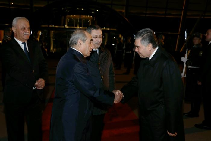 Turkmen president ends official visit to Azerbaijan