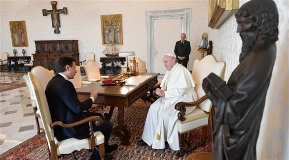 بابا الفاتيكان يجتمع مع رئيس الوزراء الإيطالي وسط أزمة كورونا