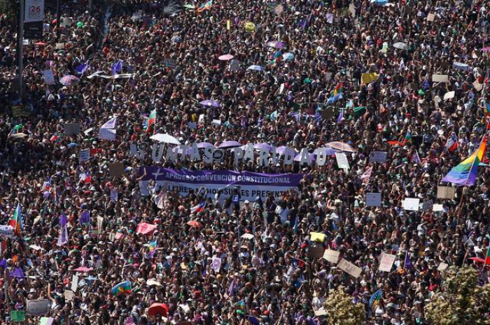 Huge turnout, some violence at Latin America Women