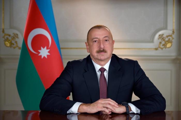 Presidente Ilham Aliyev firma un decreto para eximir la importación de algunos suministros médicos del IVA