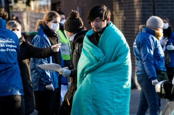 Coronavirus:   plus de 700 migrants évacués d