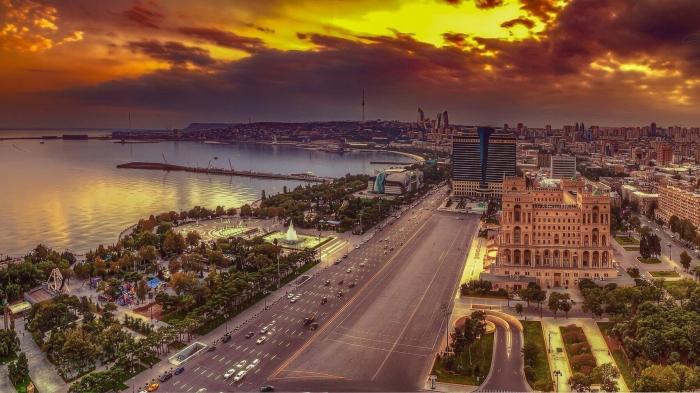 Bakú, tradición y modernidad en Azerbaiyán