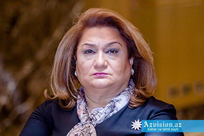 Hicran Hüseynova vəzifədən azad edildi