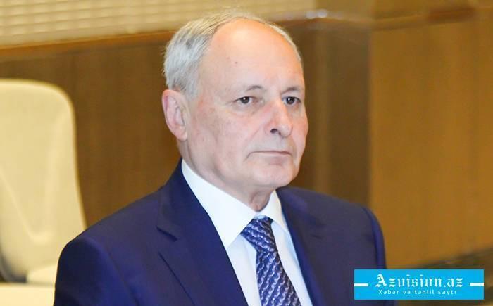 """""""İradəli, möhkəm olmaq lazımdır"""" - Oqtay Şirəliyev"""