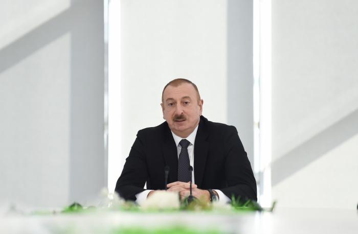 """Prezident: """"Ən ağır günlərdə heç kim bizə kömək etməyib"""""""