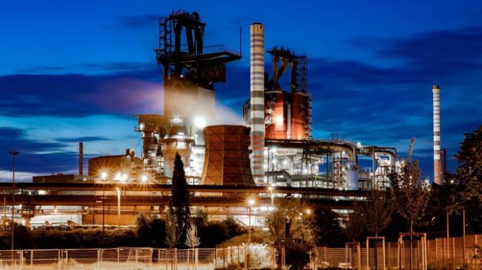 Stahlgeschäft soll durch Stellenabbau saniert werden