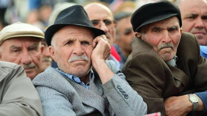 Türkiyədə küçəyə çıxan yaşlıları həbs gözləyir