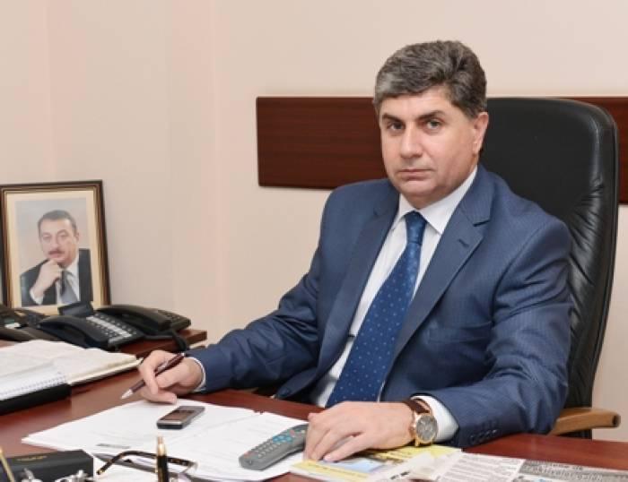 Milli Məclisin plenar iclasları dayandırılmayıb -
