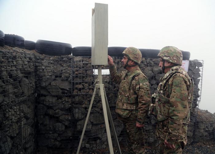 نائب الرئيس ووزير الدفاع في الجبهة - فيديو+صور