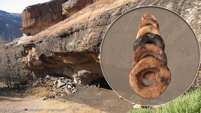 """علماء يكشفون: حلي العصر الحجري كانت بمثابة زر """"الإعجاب"""""""