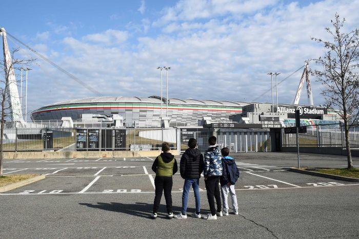 Italian football games on hold as coronavirus outbreak worsens