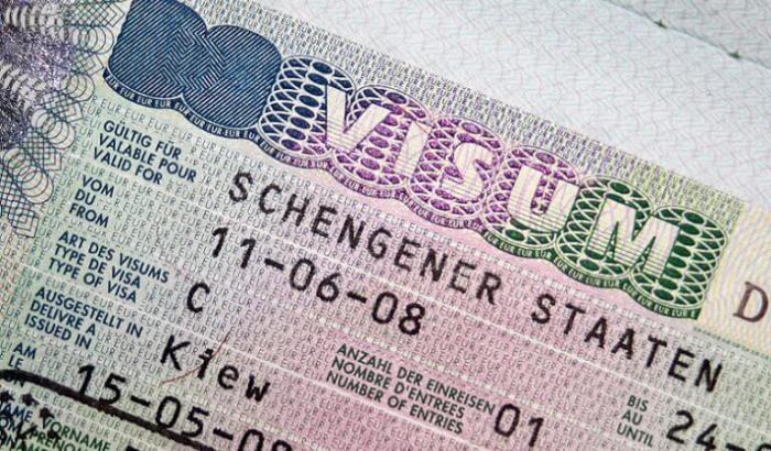 İsveçrə səfirliyi viza verilməsini dayandırdı