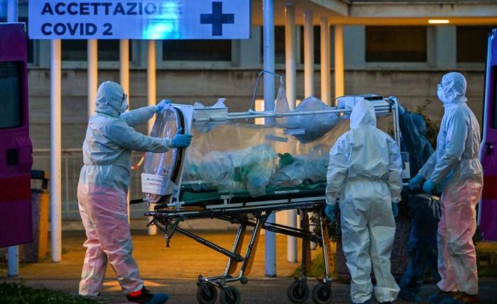 İtaliyada bir gündə 627 nəfər koronavirusdan ölüb