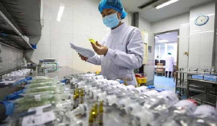 Koronavirus ölən insanların da bədənində yaşayır