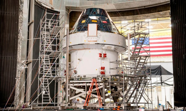 Nasa moon mission plans set back by coronavirus crisis
