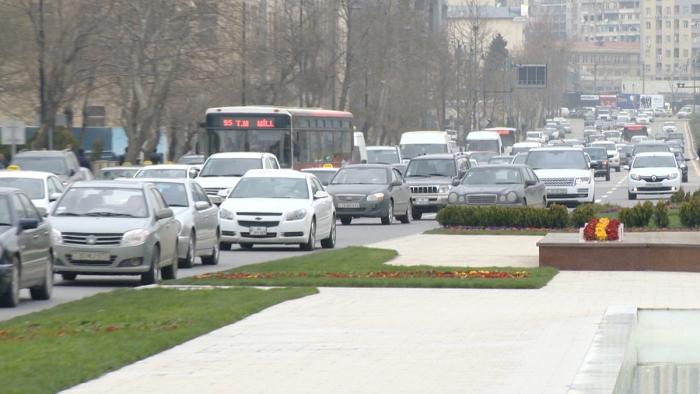 Rayon və şəhərlərarası nəqliyyatın hərəkəti tam dayandırıldı