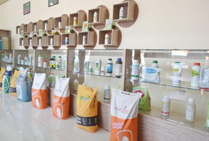 Sabirabadda toxum mağazası açılıb