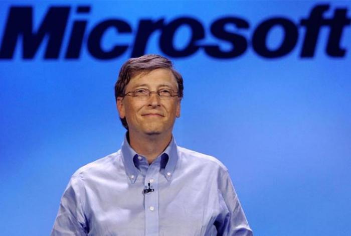 """Bill Qeyts """"Microsoft""""u tərk edir"""