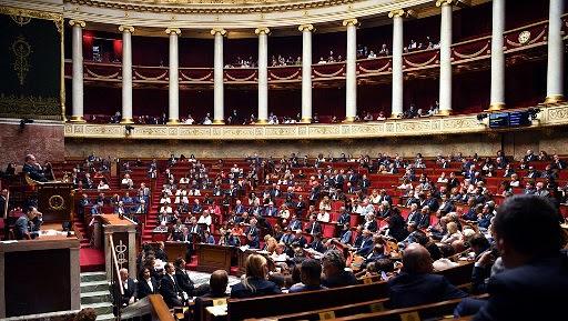Fransada 4 deputat koronavirusa yoluxub