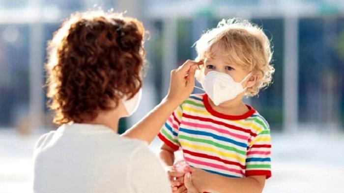 Tanınmış həkim uşaqlarda koronavirusun əlamətlərini açıqladı