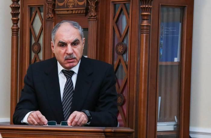 Xanlar Vəliyev yenidən Hərbi prokuror təyin edildi