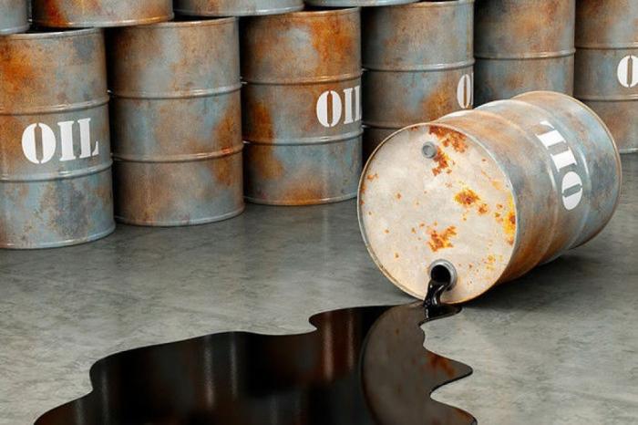 markalı neftin qiyməti ucuzlaşıb