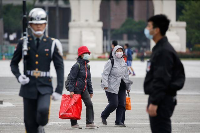 In Taiwan, anger at China over virus drives identitydebate