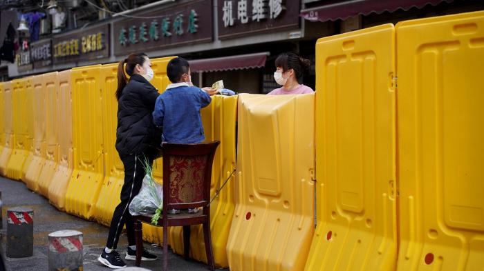 Wuhan se blinda antes de reabrirse