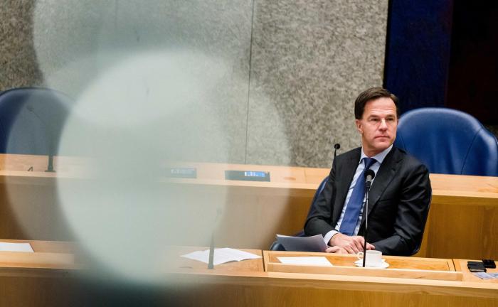 Rutte lamenta su imagen de dureza en la crisis del coronavirus, pero se mantiene férreo contra los eurobonos