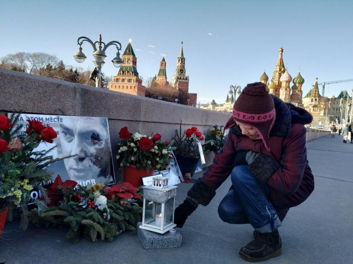 El coronavirus acaba con el memorial oficioso al opositor ruso Nemtsov