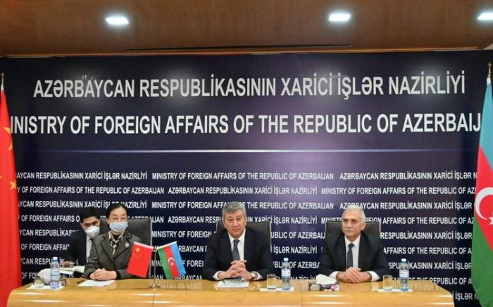 China hat medizinische Versorgung nach Aserbaidschan geschickt