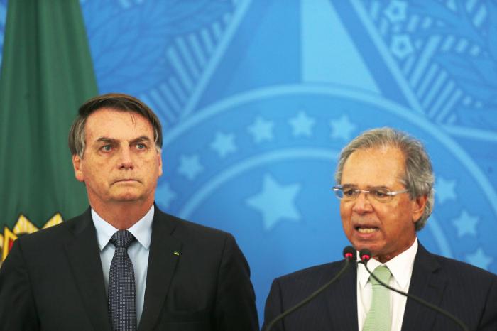 Brasil aprueba una renta básica para 60 millones de trabajadores informales durante tres meses