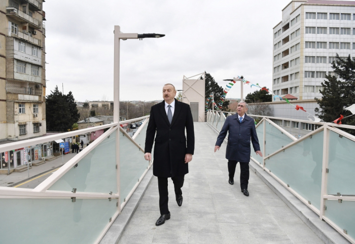 Präsident machte sich mit Arbeit auf der Straße Baku-Sumgayit vertraut -   FOTOS