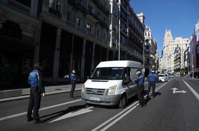 Spain to extend state of emergency to April 26 as rise in infectionsslows