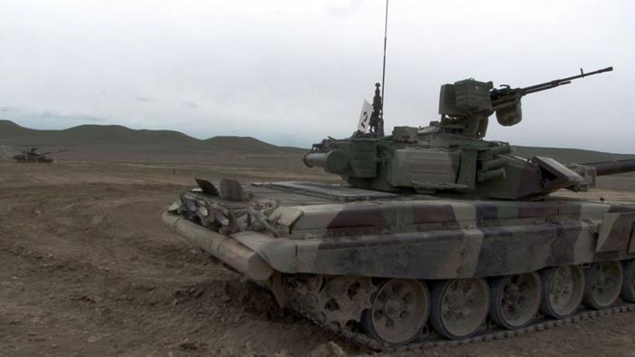 La préparation au combat des équipages de chars examinée